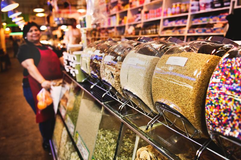 come bloccare le microplastiche dispenser supermercato
